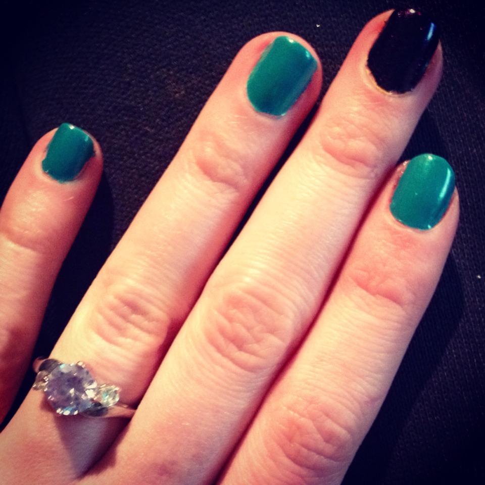 (Same) gotta love having an accent nail