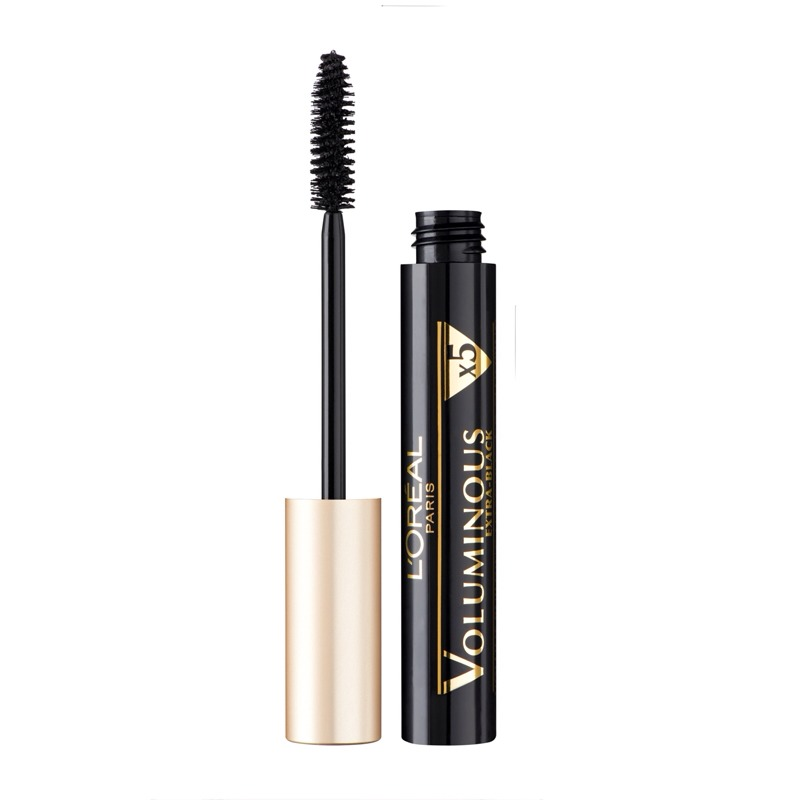 This mascara is fab,it has been raved about a lot ,this voluminous mascara will give you so much volume and the look of thicker lashes and it actually really makes your eyelashes look really more black them some mascaras do,it's great for the bottom lashes👌