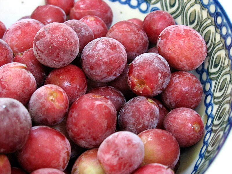 Frozen grapes :) -1 cup of frozen grapes ( approximately 28)