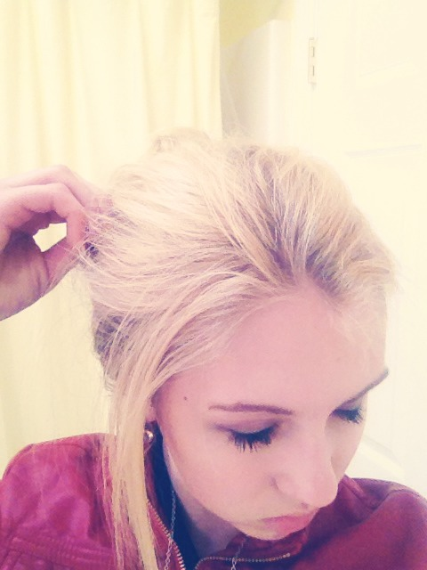 FOR CASUAL UP-DO Pull your hair and loosen it a bit for extra volume. Let certain pieces fall for it to look messy.