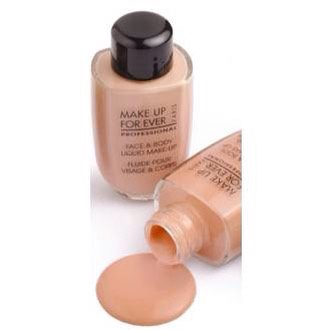 Fifth mistake: Applying foundation all over your face.