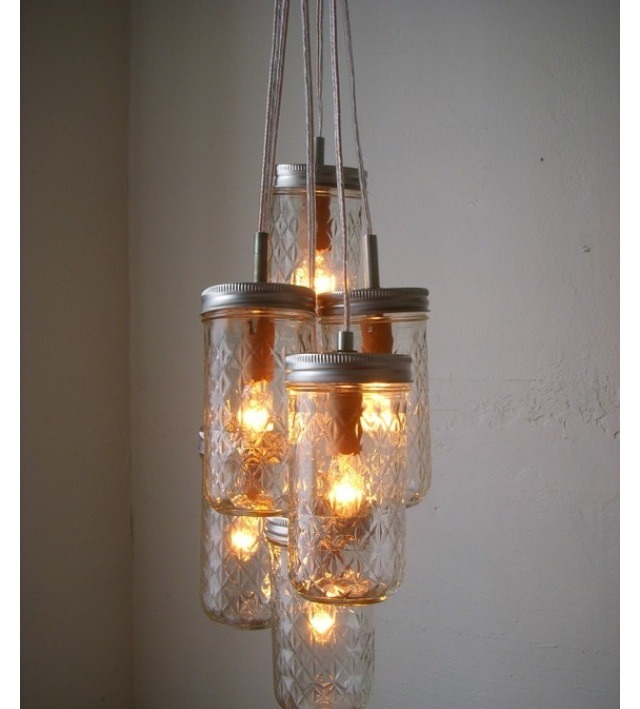 MASON JAR CHANDELIER: Redecorate with simplicity and style.