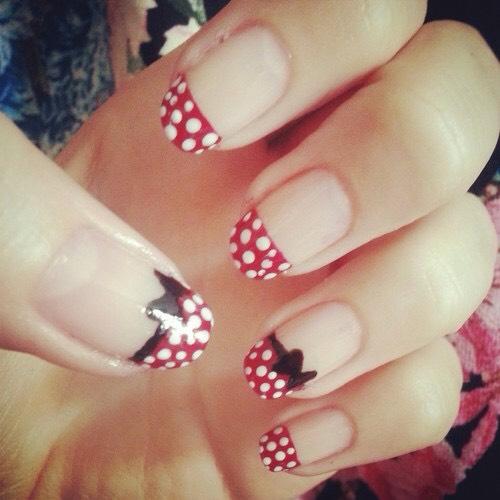 Beautiful spotty nail art.