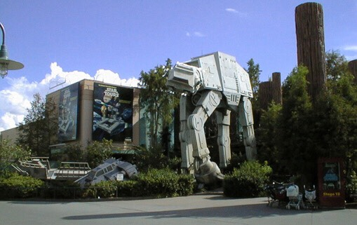 There are 54 potential ride experiences on Star Tours, each created by combining various different scenes. To see every combination would take 4 hours of continuous riding.⏰
