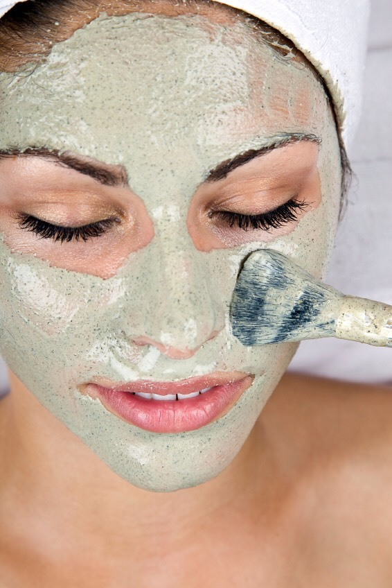Check out morenatural mask for your face here 👉🏻👉🏻👉🏻  And remember natural Always is best🌷