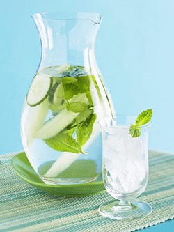 Refreshing Cucumber Water!  NEEDS:  - Water  - Cucumbers  - Mint (if desired)  Cucumber water is a excellent refreshing drink! It also help burn calories.