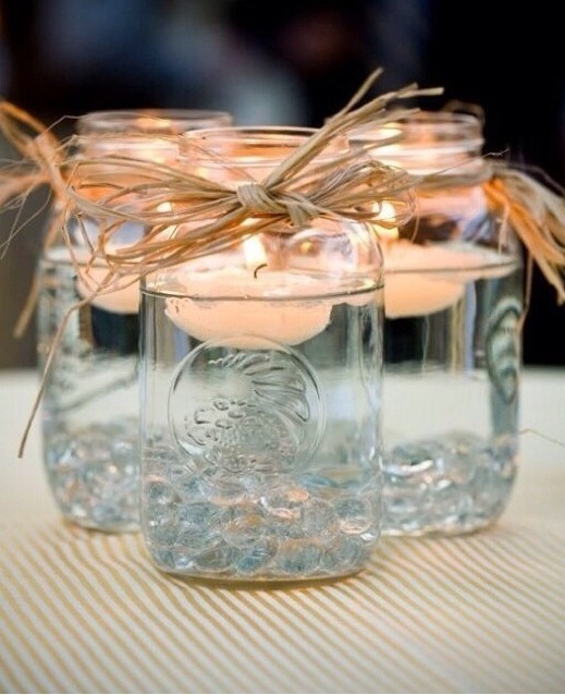 Such an easy DIY candle and so cute? Why not save some money AND make your friends impressed of how creative you are?