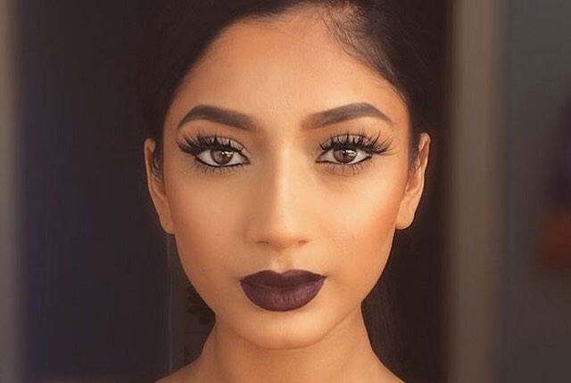 Looking for that perfect fall makeup to go with that perfect fall outfit then here's the makeup looks for you
