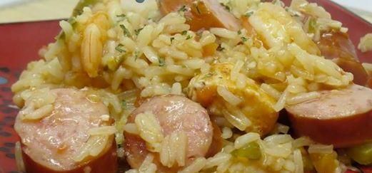 Cajun Jambalaya seems a bit overwhelming at first, when you see the list of ingredients, but it takes very little effort.