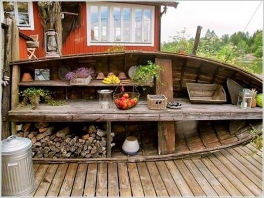 Outdoor Kitchen   If you live in an area where the weather is temperate and mild, this outdoor kitchen idea would be amazing! Perhaps make sure it's covered by an awning of some sort just in case it rains!