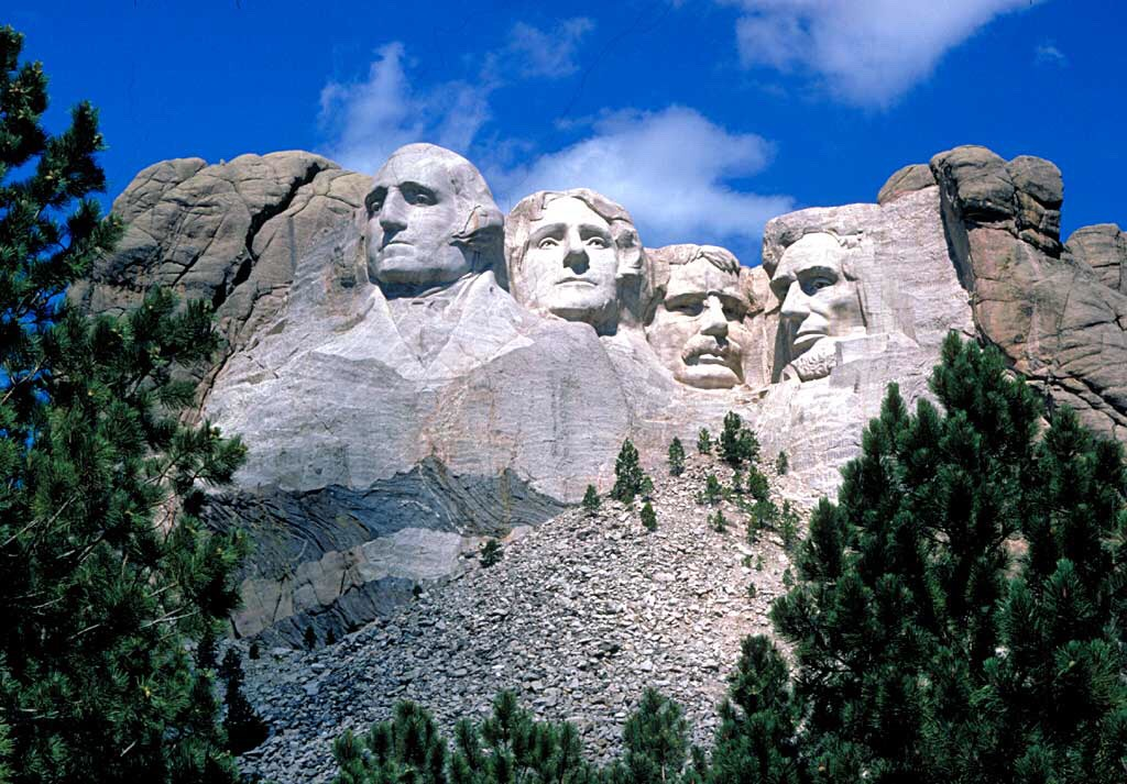Mount Rushmore (Keystone ,South Dakota )