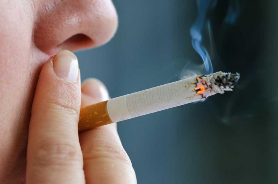 Don't smoke. Smoking makes your skin look older and contributes to wrinkles. Smoking narrows the tiny blood vessels in the outermost layers of skin, which decreases blood flow. This depletes the skin of oxygen and nutrients that are important to skin health.