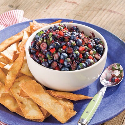 Blueberries  Blueberries are rich in vitamin C, fiber, and cancer-fighting antioxidants- any way you prepare them, they're delicious!