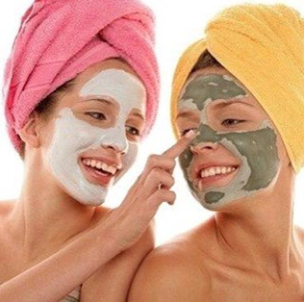 Zap Those Stubborn ZitsStep 1: With a brush or your clean fingers, apply an even amount of mud to your face, avoiding the eye area.Step 2: Sit back, relax, and allow your mask to dry for at least 15 minutesStep 3: Rinse your face with warm waterStep 4: Use up to 4x per week to reveal cleaner, softer and detoxified skin