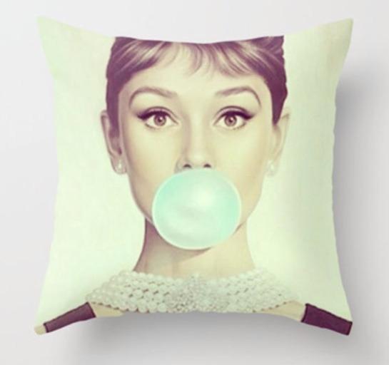 20.00 - OMG this throw pillow doe.. Lol