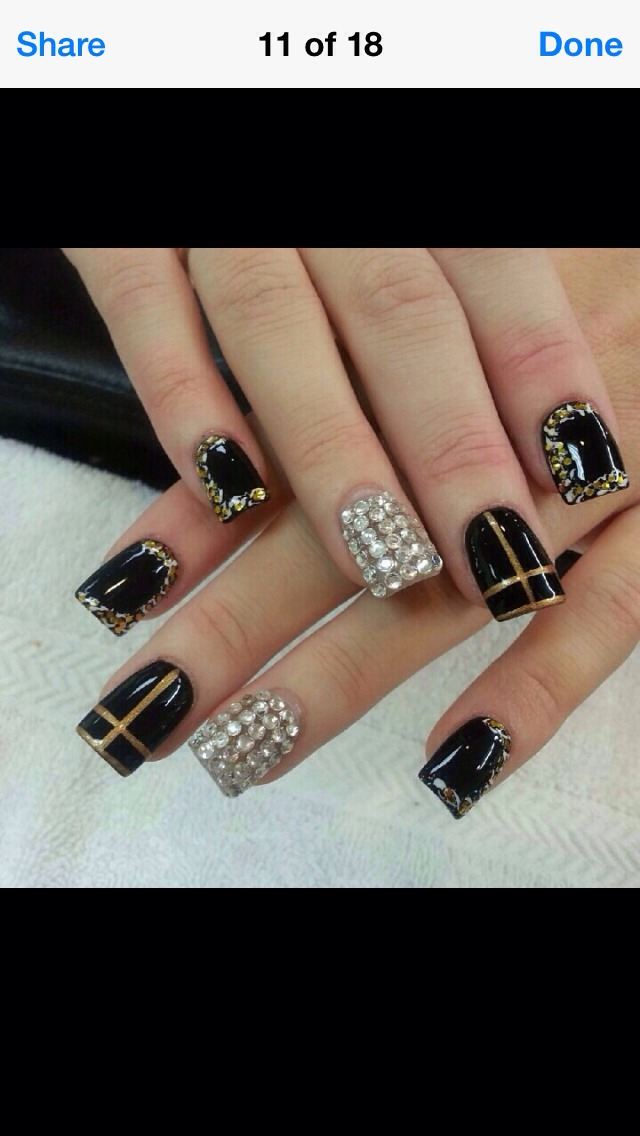 Love this fashion statement nails