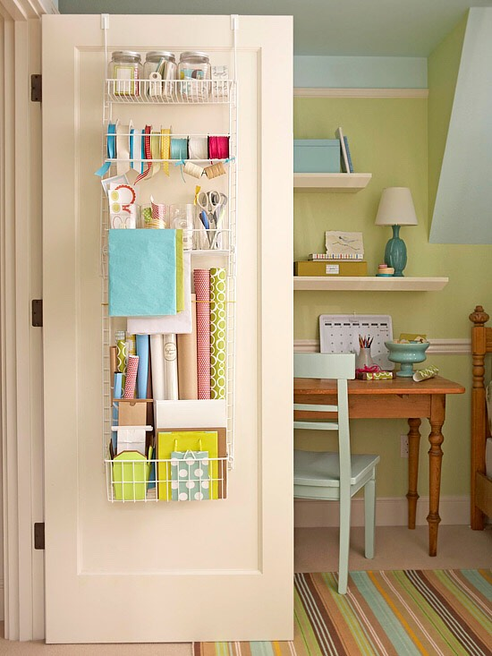 Use vertical spaces. There are plenty of up-and-down surfaces that never make the cut when it comes to small-space storage -- and that's too bad. Those precious square feet can be put to good use, especially for narrow items that are prone to quick clutter.