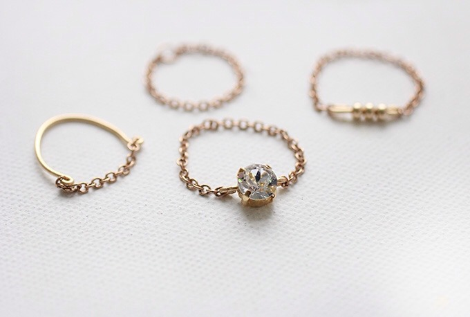 What you need: Jewelry Wire Chain Gold beads Jump Rings Gem in setting (use leftovers from this project) Jewelry Pliers
