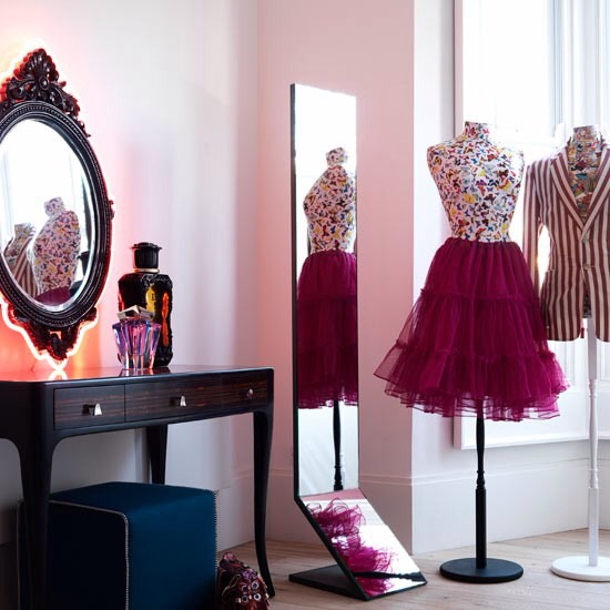 add some mirrors a dresser desk vanity - Cute Ways To Design Your Room