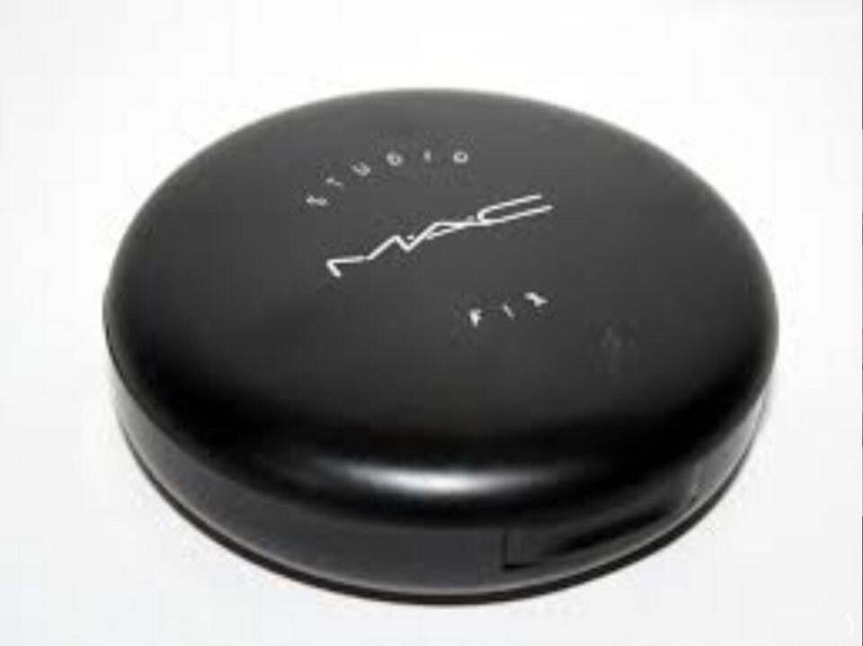 MAC- studio fix