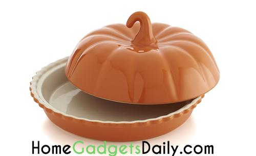 Covered Pumpkin Pie Dish.  Link: http://homegadgetsdaily.com/beautiful-covered-pumpkin-pie-dish/