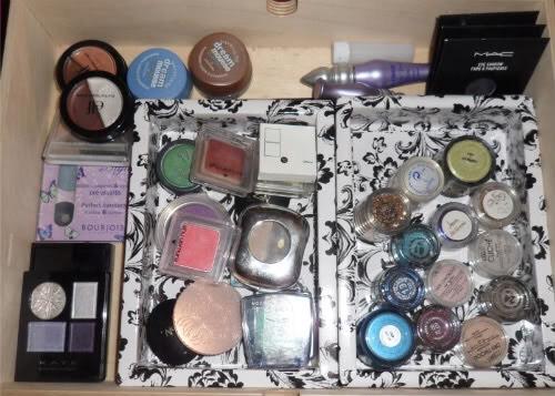 Ways to organize makeup better 💄