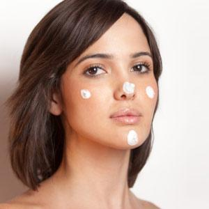 Moisturize properly,the best way to apply face cream is to blend a dime-sized amount on your cheeks, nose, chin and forehead