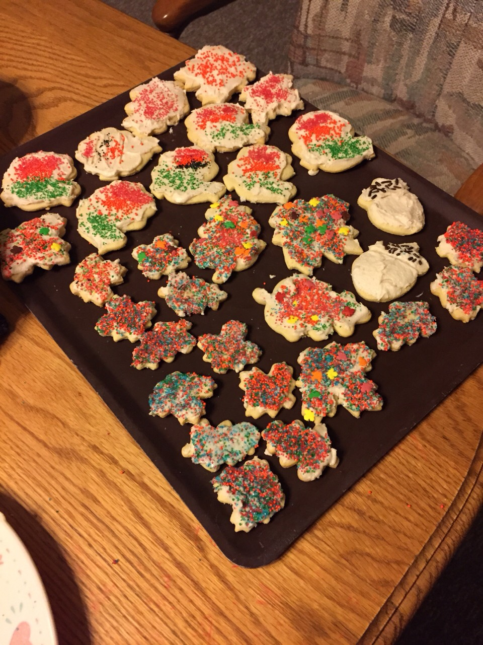 And then set them out over night to let frosting dry!! Then Ta-Da!! Thanksgivings cookies!!