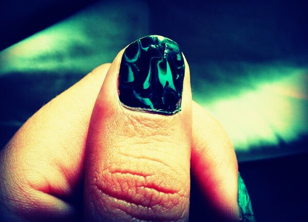 And marble texture nails