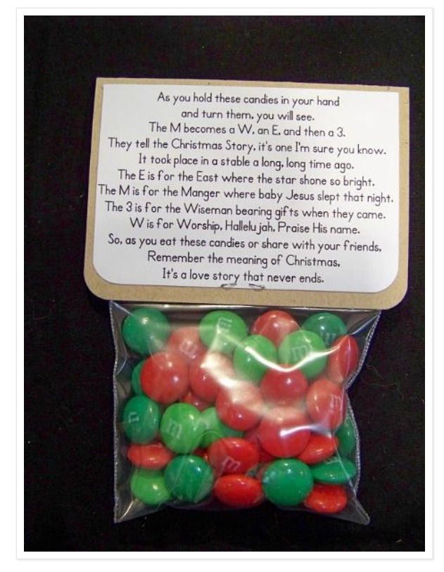 Finally, as a gift bag for the kiddies, use m&m's and use this cute poem! 🎅🎄🎁