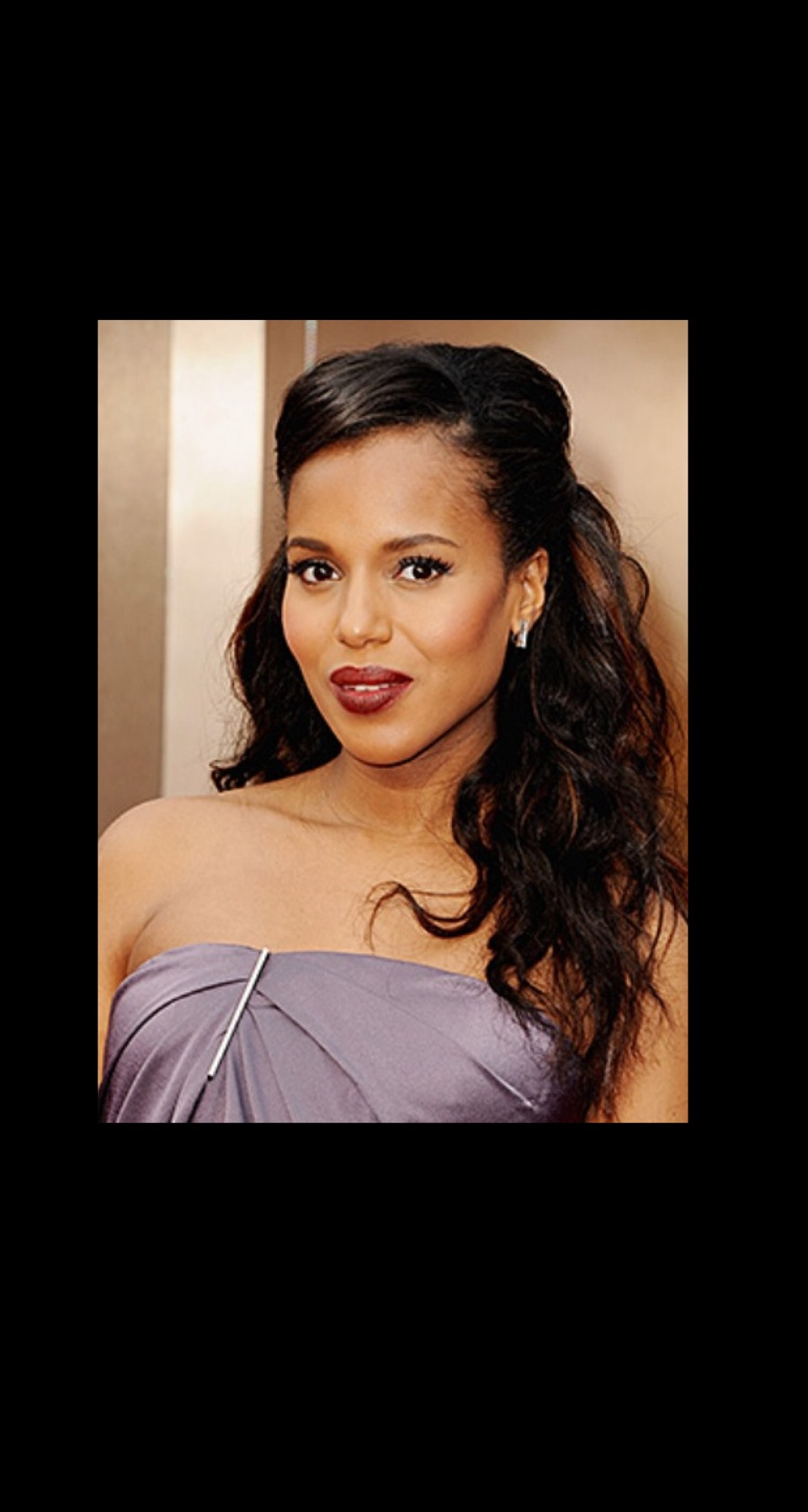 HALF UP WITH VOLUME Kerry Washington was stunning at the Oscars with a bold red lip, but we loved her half-up hairstyle with extra volume at the crown.