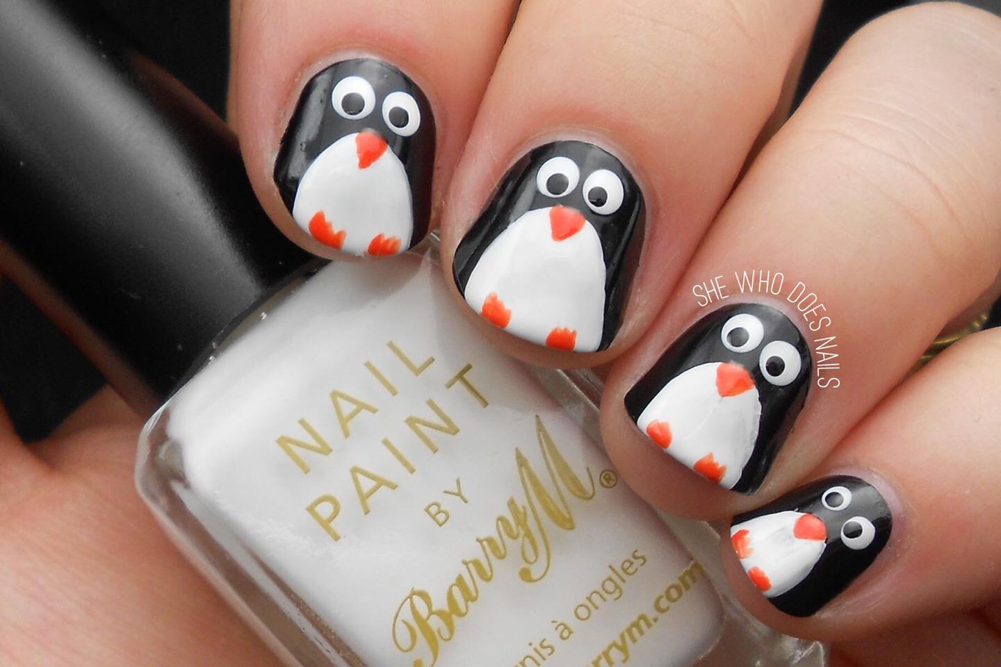This is a super easy penguin nail tutorial that is perfect for the Christmas holidays. With only a few simple steps you can achieve this adorable design that everyone will love.