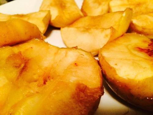 Preheat the oven to 400°F. Cut and core some apples (I used 4, and that was more than enough). Toss the apples into a pan and add brown sugar and cinnamon (how much or little is up to you!). Bake for 20 minutes, or until the apples are gooey enough for ya!