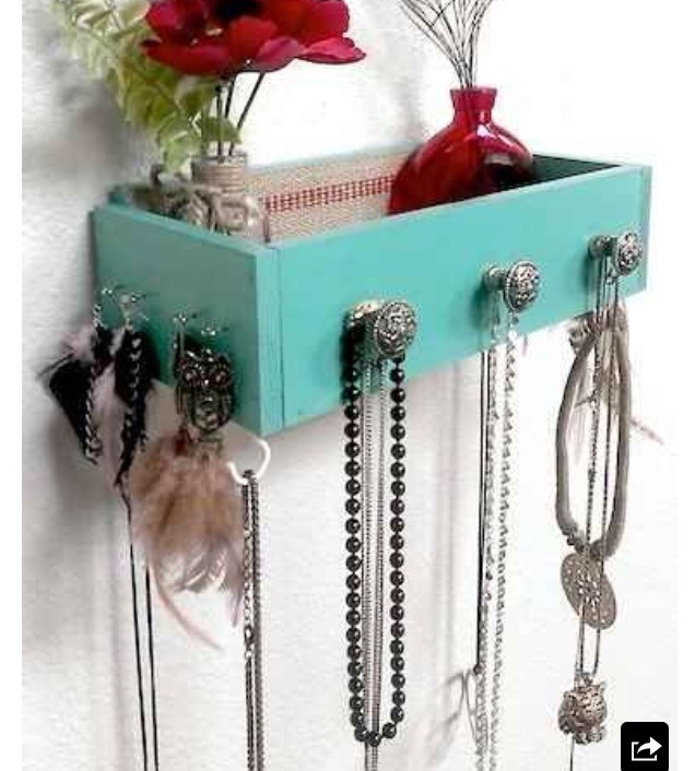 4.use old drawers for creative storage.