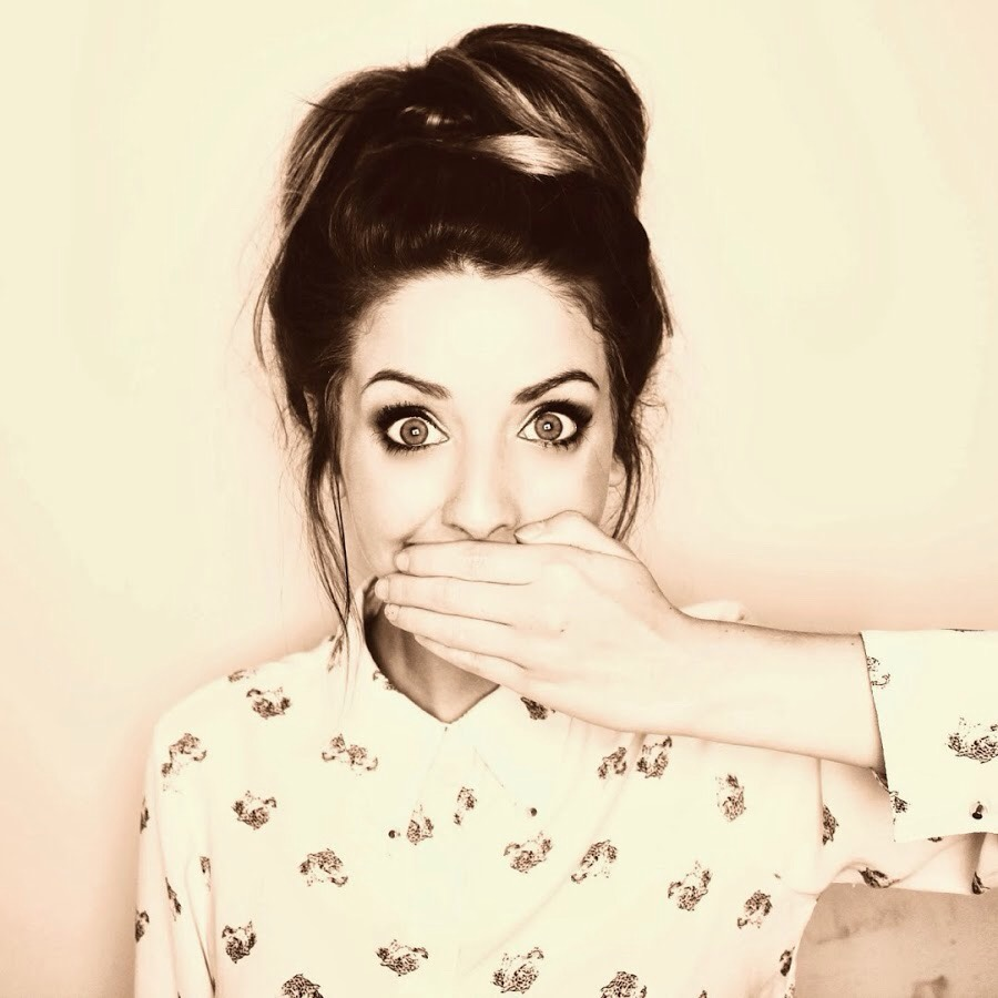 Zoella is the best !!! She mostly does videos about beauty and stuff like that