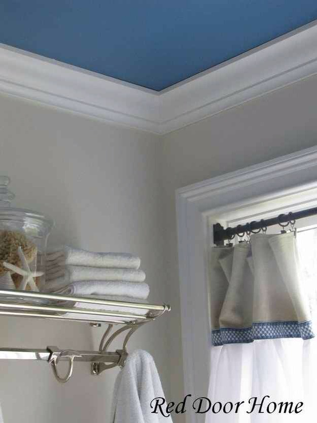 19. Accent ceilings are the new accent walls.