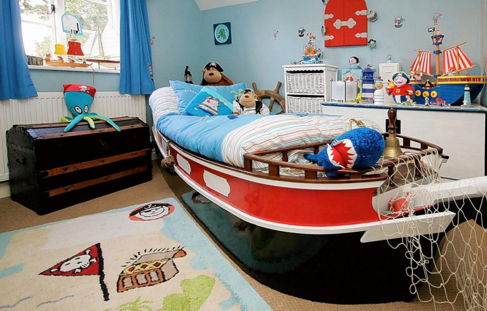 A great room for a little boy that loves boats and pirates.