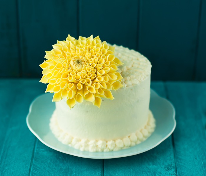 Vanilla Cream daisy cake
