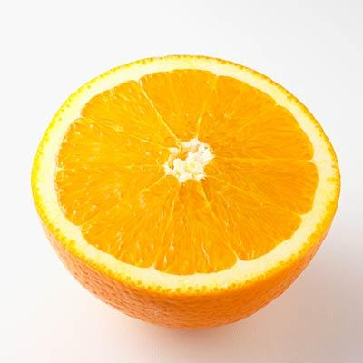Sweet orange to quell anxiety In one study, adults who inhaled this oil and then took a test handled the pressure sans increased anxiety. Other citrus oils, such as bergamot, can also help you keep your cool.