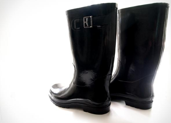 Materials:  Rainboots (these available at Payless for $29.99)  and…