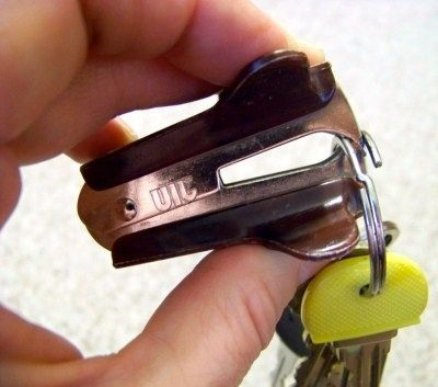 Use a staple remover! 😊