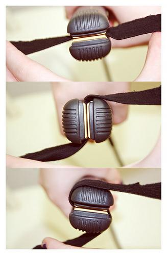 3. This is the correct way to curl your hair with a flat iron.