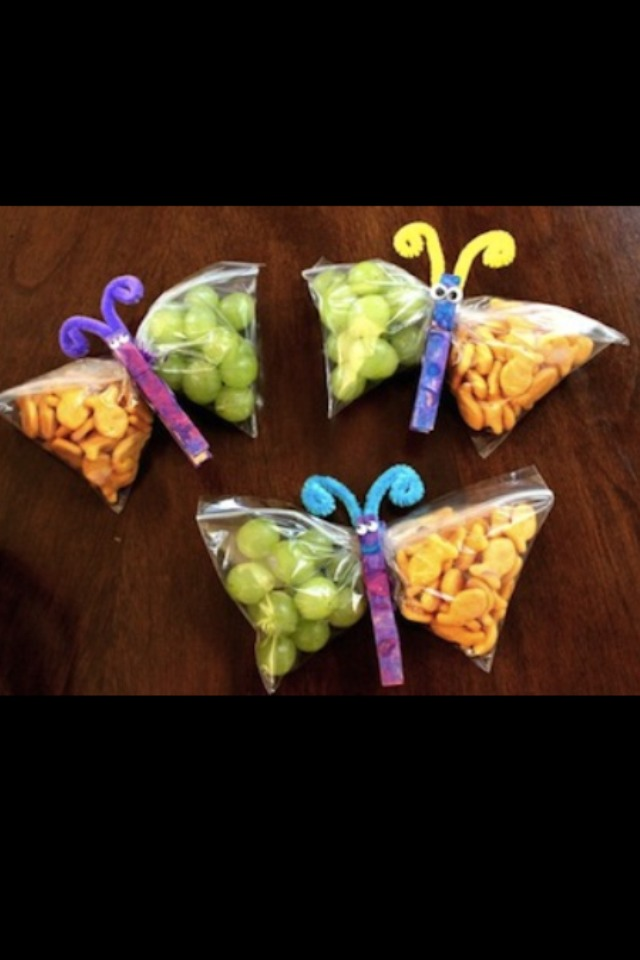 Love this for my little girls lunch!! Please like and share!!!! :)