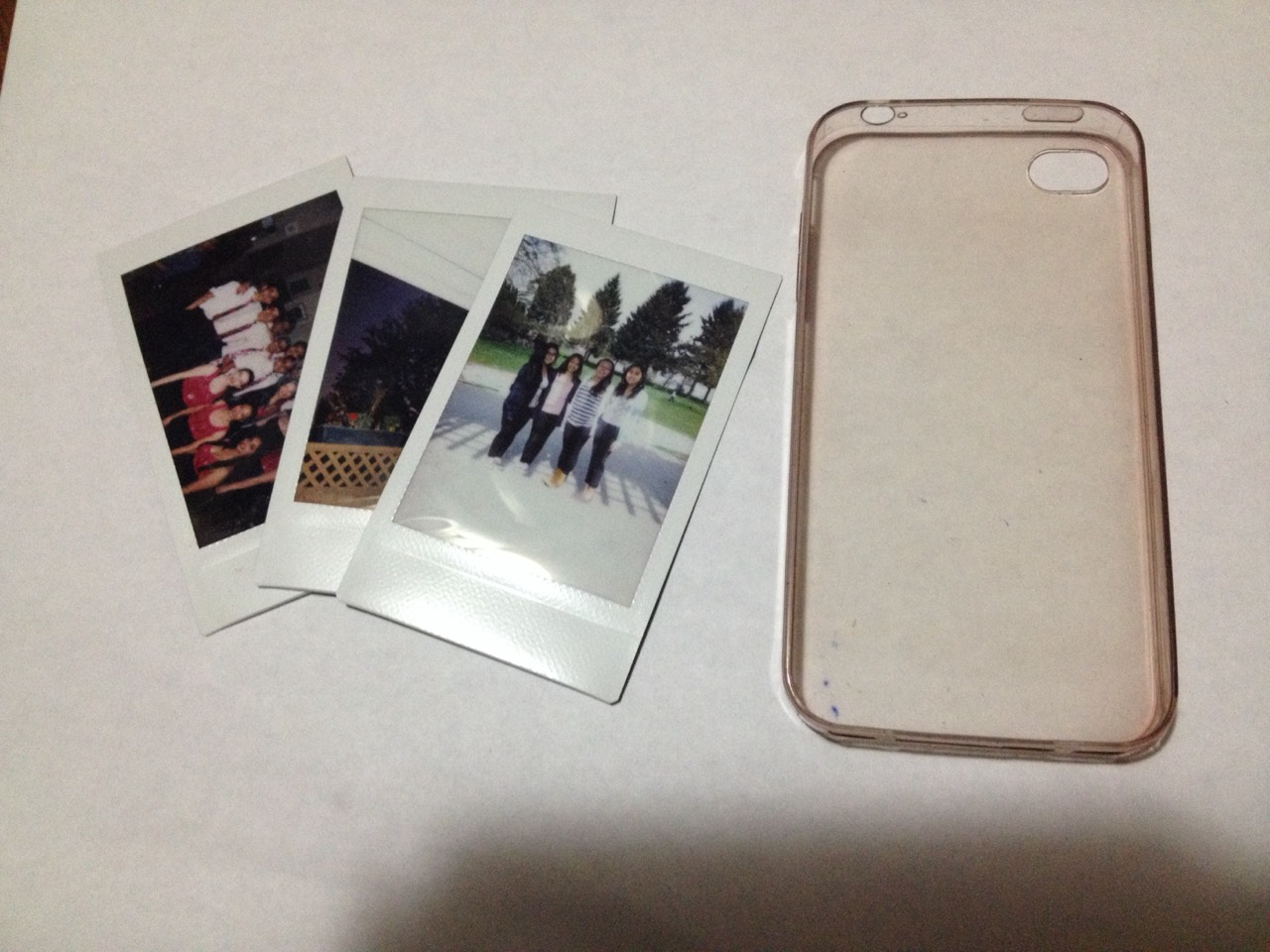 best service c61a9 25bdd DIY 'Polaroid' phone cases! by Chloe . - Musely
