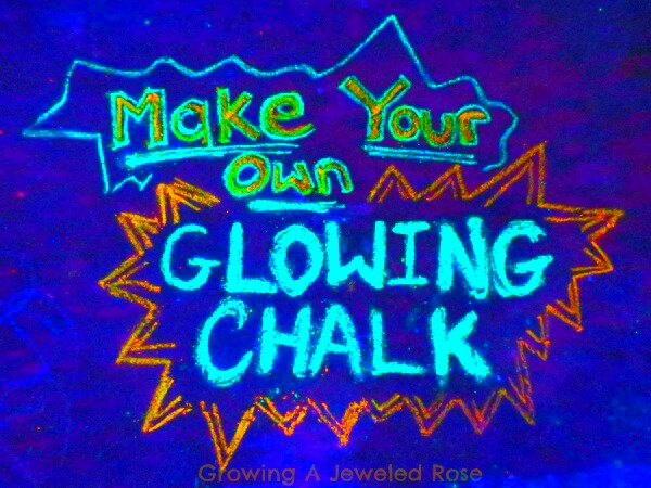 Did you ever want glow in the dark chalk? Then.... here you go!