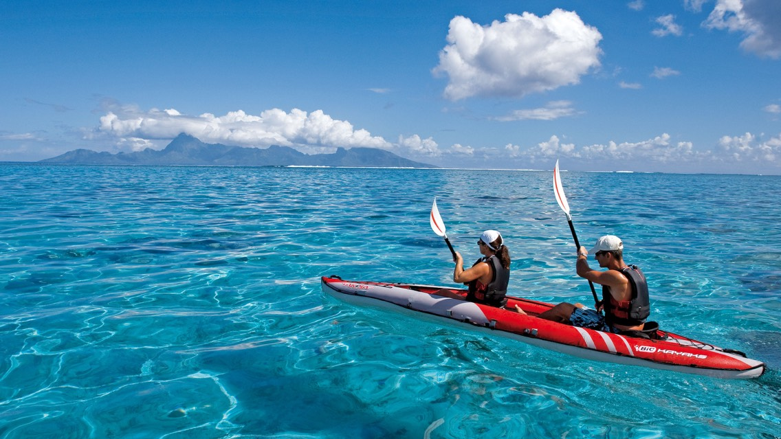 4. Kayaking.  The perfect sport for two. You will have the possibility to admirethe landscapes while doing some sports.