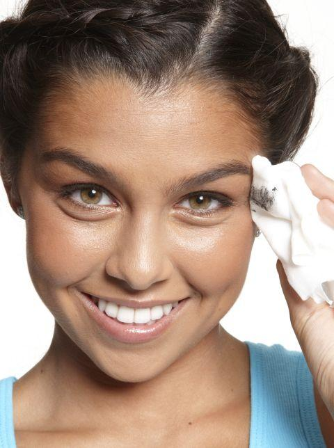 12. Cleanse your skin with face wipes Since you washed your face the night before (right?), it's fine to use a cleansing face wipe if you're running so late that you don't even have time to wash your face.