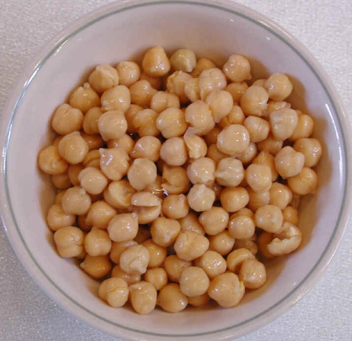 Just add a tea bag to the chick peas while boiling..and voila!
