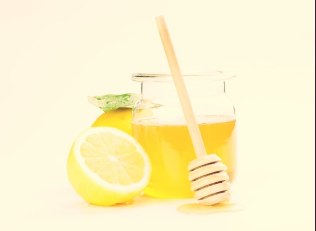 Combine the following in a small bowl: Lemon juice, coconut oil, 1 egg white, oatmeal, baking soda (2 tbls), aspirin (1 tablet- crushed), honey, water, tea tree oil/tea tree water, and green tea leaves. Refrigerate, use as needed