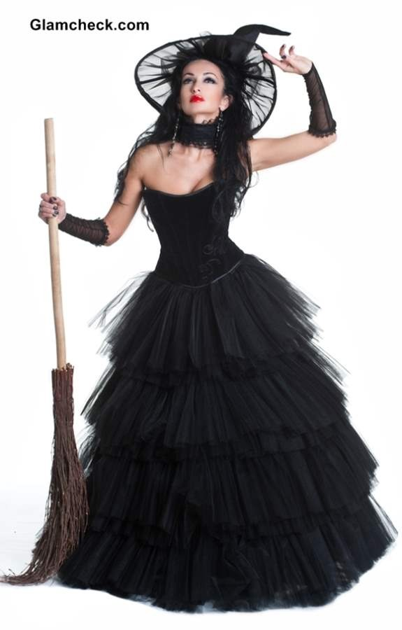 Witch get a long black dress a witch hat and a broom  sc 1 st  Musely & Musely